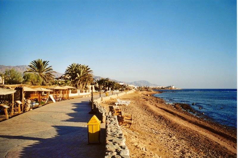 Pantai-Dahab-di-Mesir