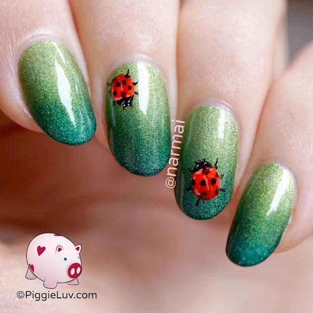 piggieluv freehand ladybug nail