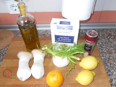 Ingredientes para los boletus macerados en hinojo.