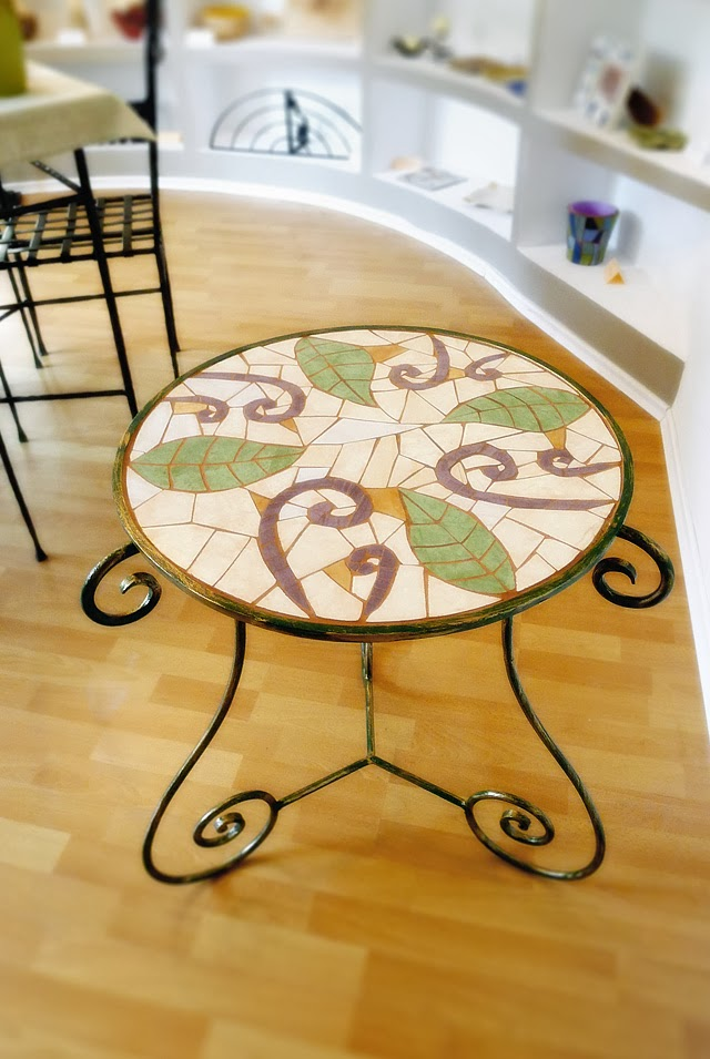 Środowe Inspiracje Magia mozaiki insprujące blogi handmade stolik mozaika