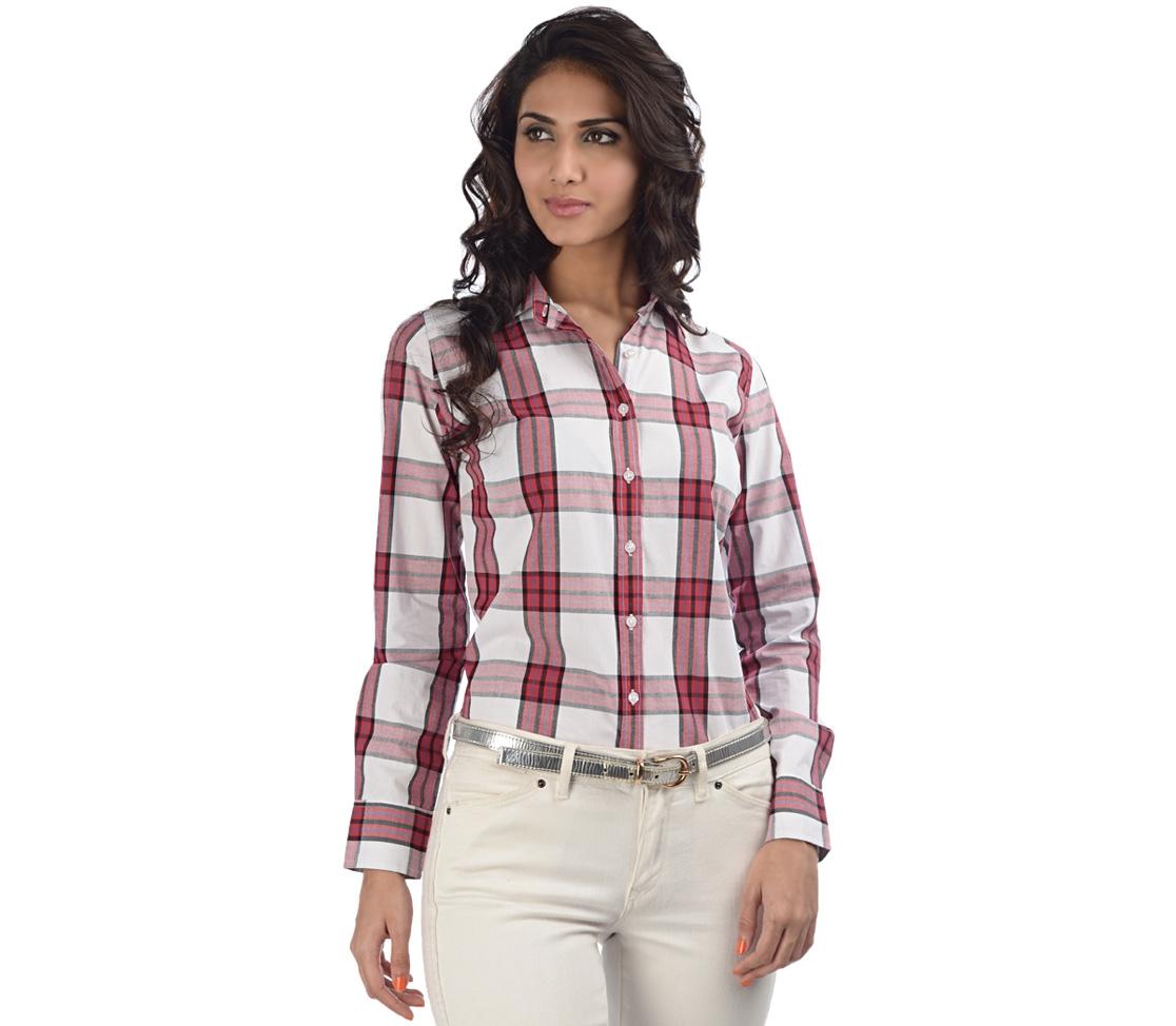 Tampil-keren-dengan-6-tips-memilih-t-shirt-yang-benar-v-neck