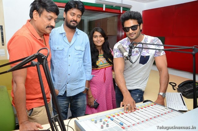 Sudheer Babu  Mosagallaki Mosagadu Promotions in Radio Mirchi ,Sudheer Babu at Radio Mirchi ,  Mosagallaki Mosagadu song launch in Radio Michi photos,Mosagallaki Mosagadu Team in Radio Mirchi,   Mosagallaki Mosagadu songs Launch,
