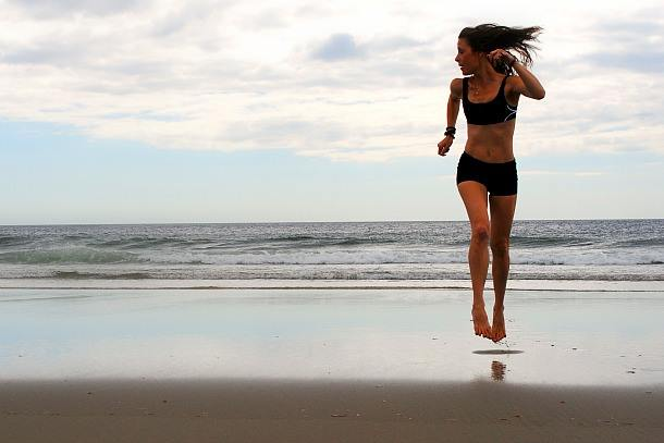 lululemon-sweat-2-swim-bra-short