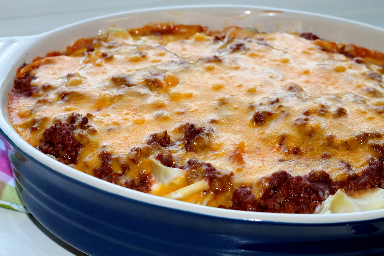 Young and Entertaining: Sour Cream Noodle Bake