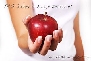 """Red Apple In Hand (modified). Czerwone jabłko w dłoni (zmodyfikowane na potrzeby tagu """"Dbam o swoje zdrowie!"""")."""