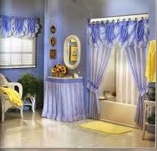 decora baño con cortinas