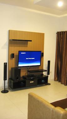 wardrobe TV Alamanda Cakung