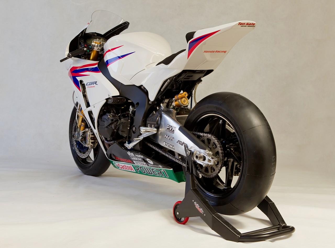 Machines de courses ( Race bikes ) - Page 8 Honda%2BCBR%2B1000%2BRR%2BTeam%2BTenKate%2B2012%2B07