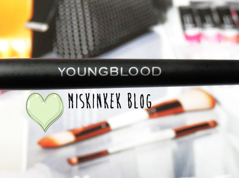 youngblood-makyaj-fircasi-kullananlar-yorumlari-crease-brush