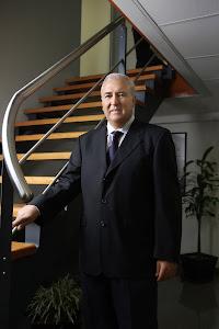 Manuel A. Aparicio R