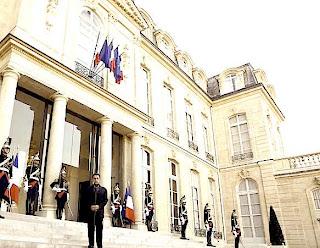 http://3.bp.blogspot.com/-HqeEFMQs0AU/TobrkyILr1I/AAAAAAAADX8/utBnoB0B7WI/s320/Sarkozy.jpg