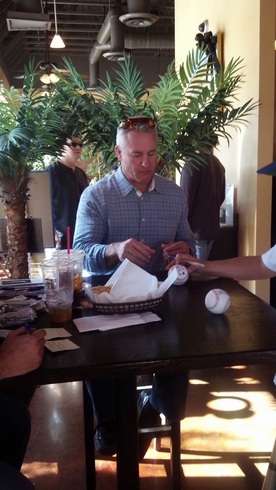 5bbfacff0be Dodger RAMblings  Steve Sax Autograph Signing - Photos   Recap