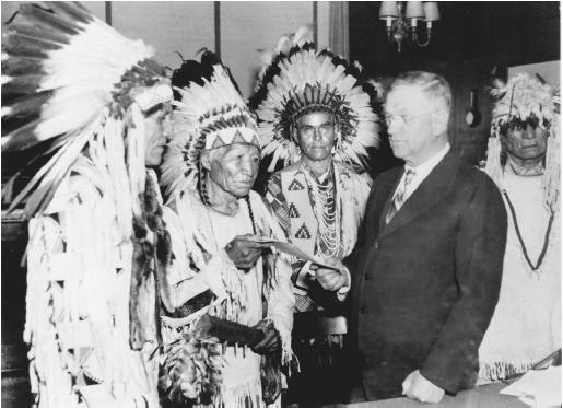 Algonquin Tribe History http://algonkianchurchhistory.blogspot.com/2012/03/dawes-act-was-it-good-for-indians.html