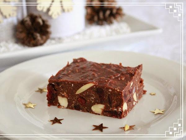 Healthy Chocolate Fudge (No Bake)