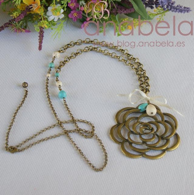 collar de bronce y howlita