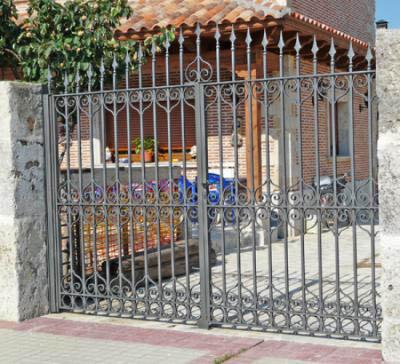 Hefesto herreria artistica for Puertas de herreria artistica