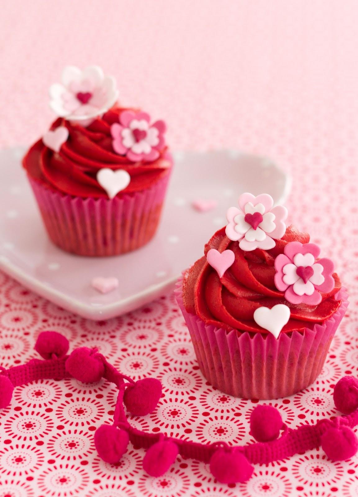 Cupcakes decorados con flores parte 4 for Decoracion en cupcakes