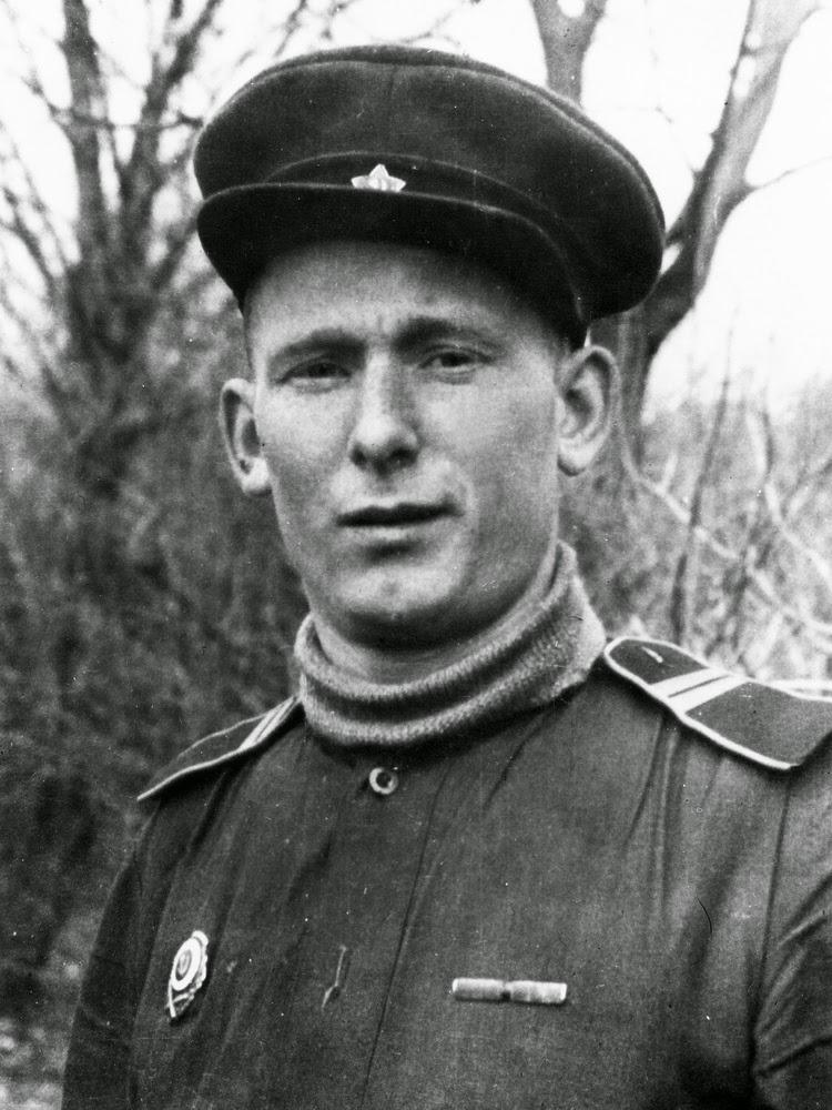Павел Прокопьевич Канев Фото из фондов НКМ
