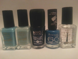 blue-nail-varnish-selection