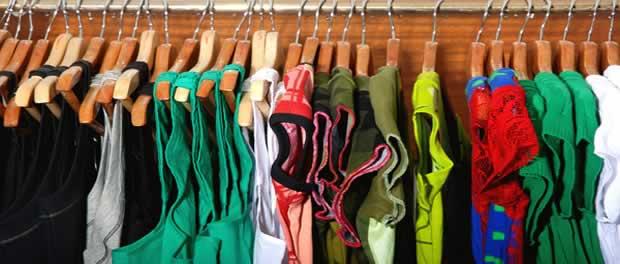 Come risparmiare sull 39 abbigliamento dei bambini maghella for Vestiti usati in regalo