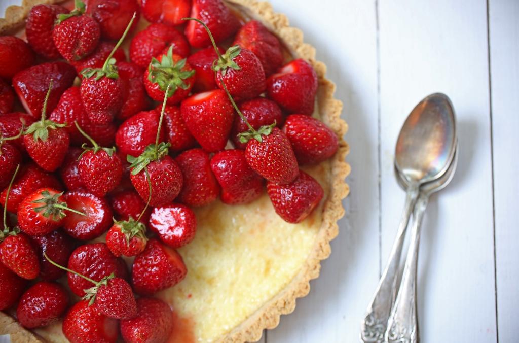 ... Sweet and Savory: U-pick Strawberries and a Strawberry Ricotta Tart