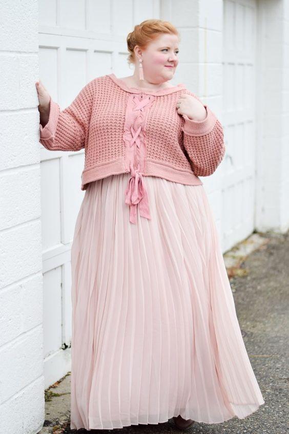 ¿Cómo combinar falda larga si soy gordita?