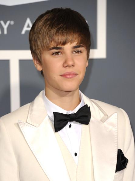 justin bieber grammys 2011. Justin+ieber+grammys+2011