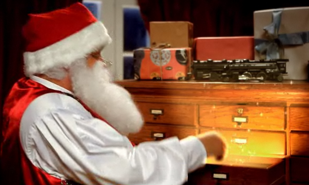 Magic Santa Sends Personalized Video Letters  Kleinspiration