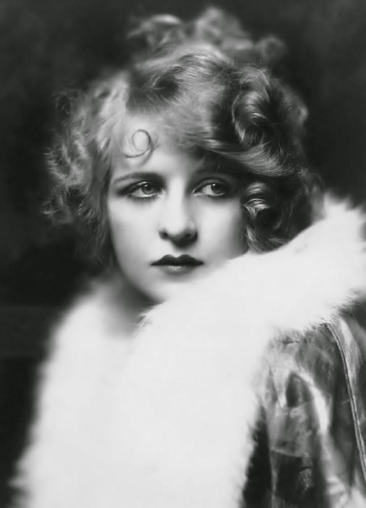 A Vintage Nerd, Real Ziegfeld Girls, Vintage Blog, Old Hollywood Blog, Classic Film Blog