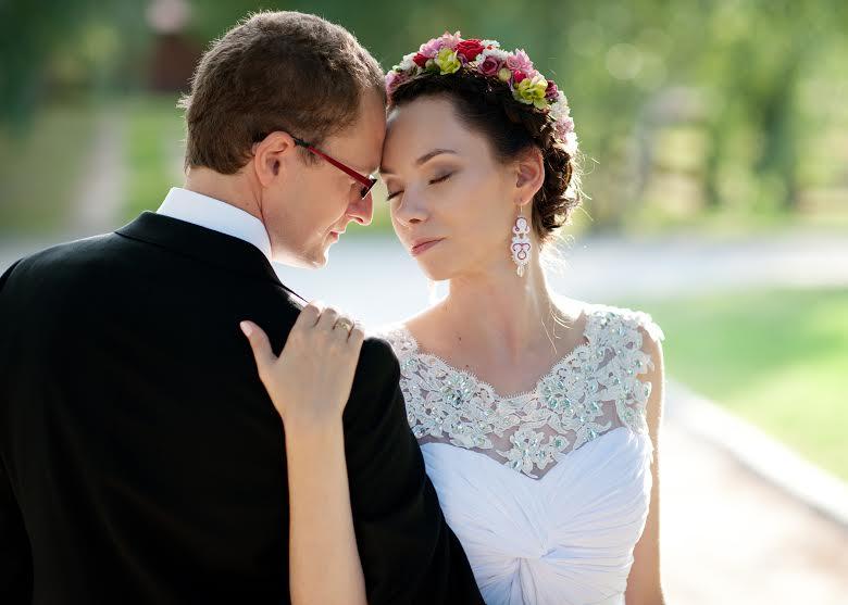 Długie kolczyki ślubne z perłami