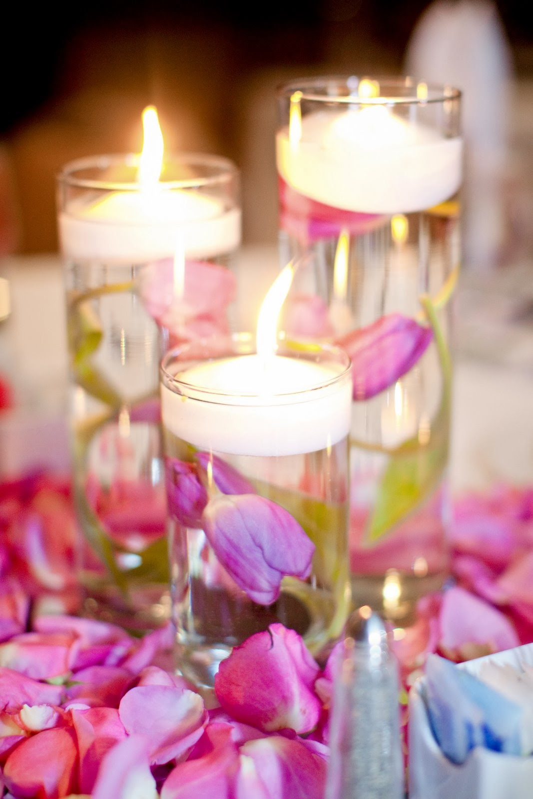 Memorable wedding tips for spring centerpieces