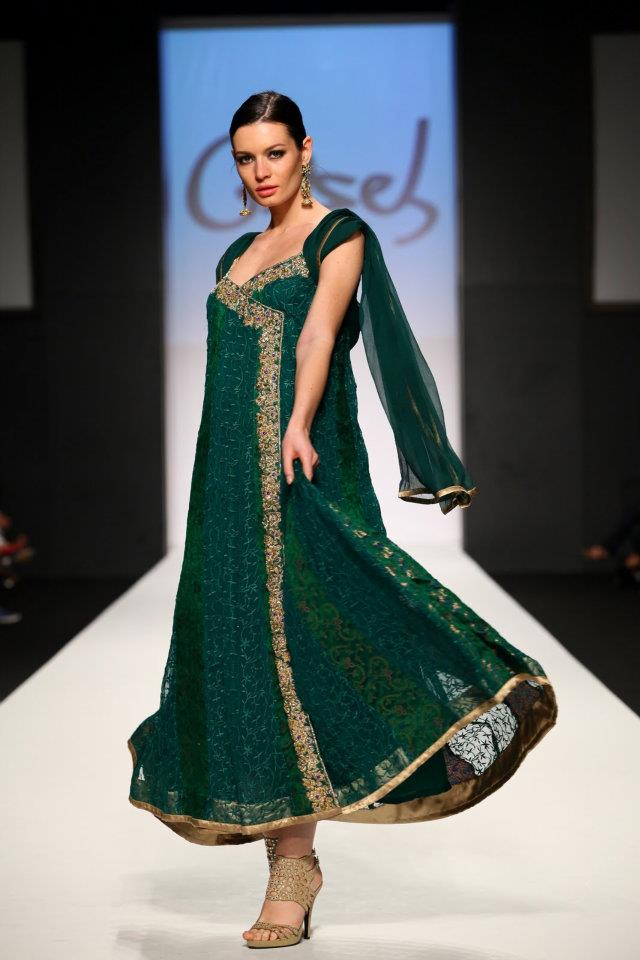 Original Top 5 Pakistani Dresses Styles For Women