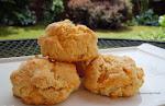 Easy Cheddar Black Pepper Biscuits