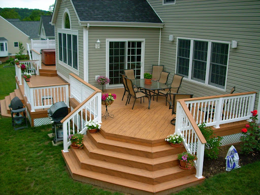 Patio and deck ideas for small home landscaping for Deck patio designs small yards