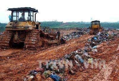 Phạt 100 triệu đồng công ty chôn lấp chất thải sắt thép sai quy định