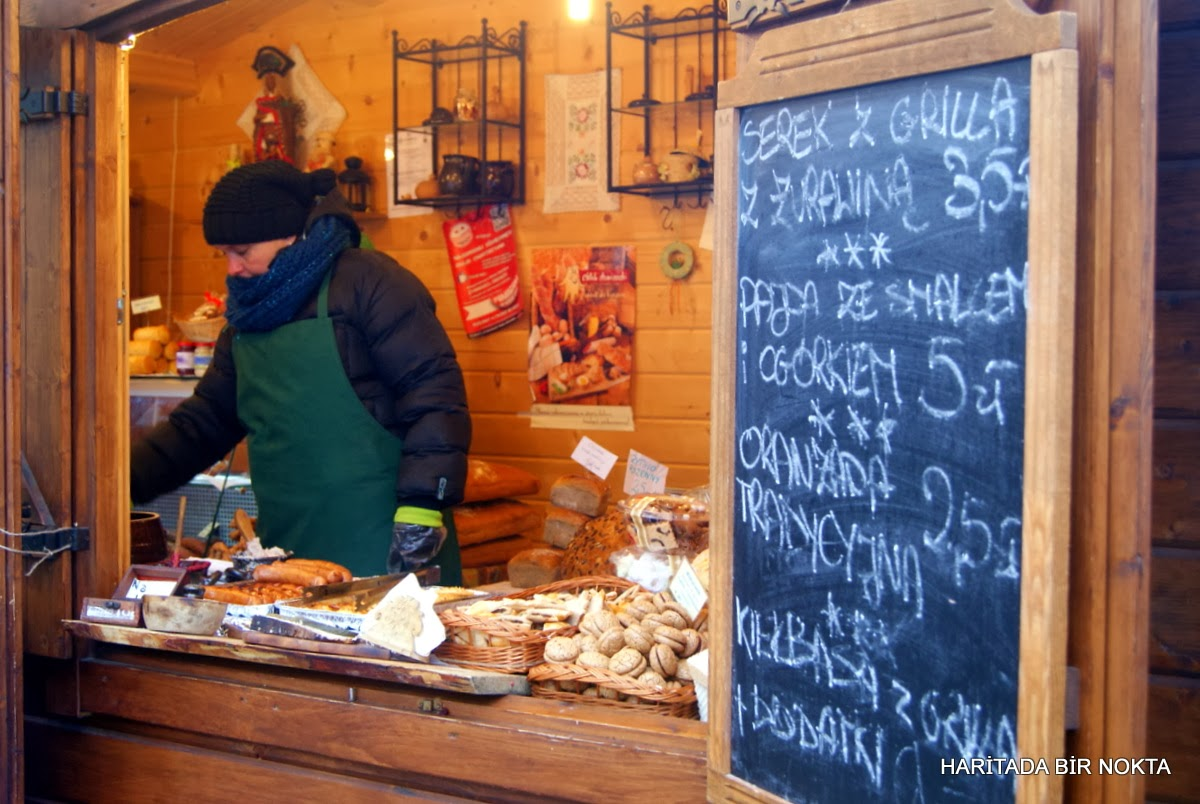 warsaw food stands
