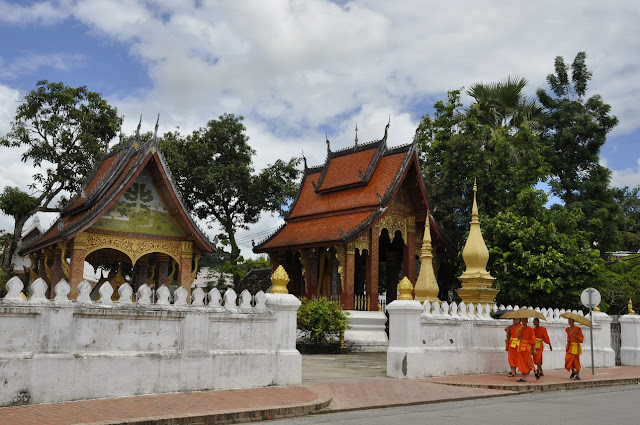 LAOS; un día en la vida del estudiante budista en Luang Prabang