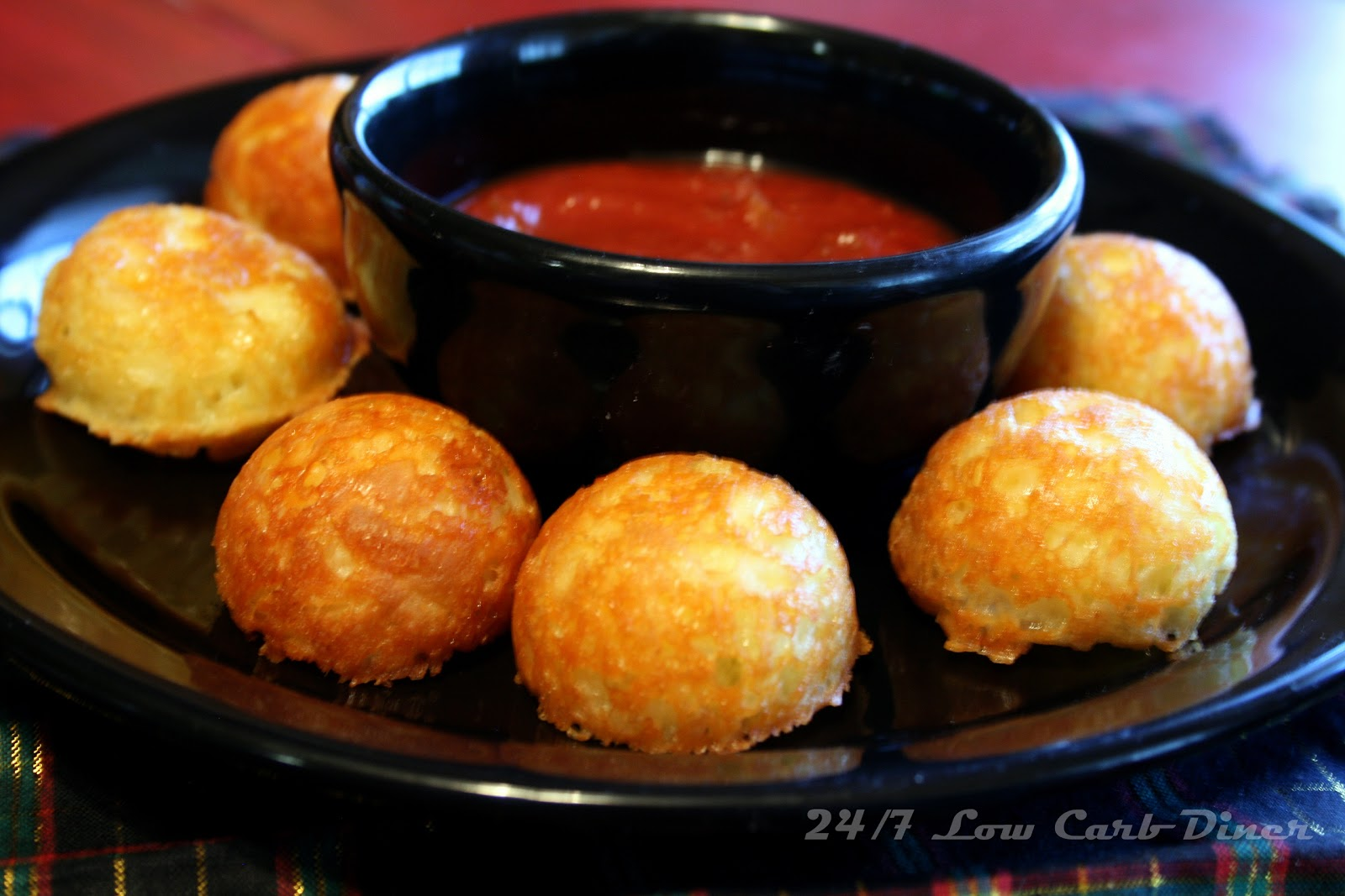 24 7 Low Carb Diner Revisiting The Cheese Puppies