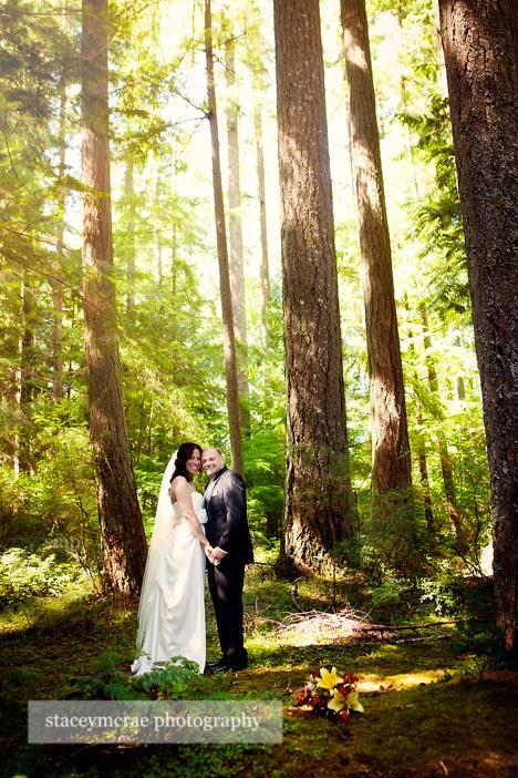 A woodland wedding wedding at millersylvania wedding for Wedding photographers olympia wa