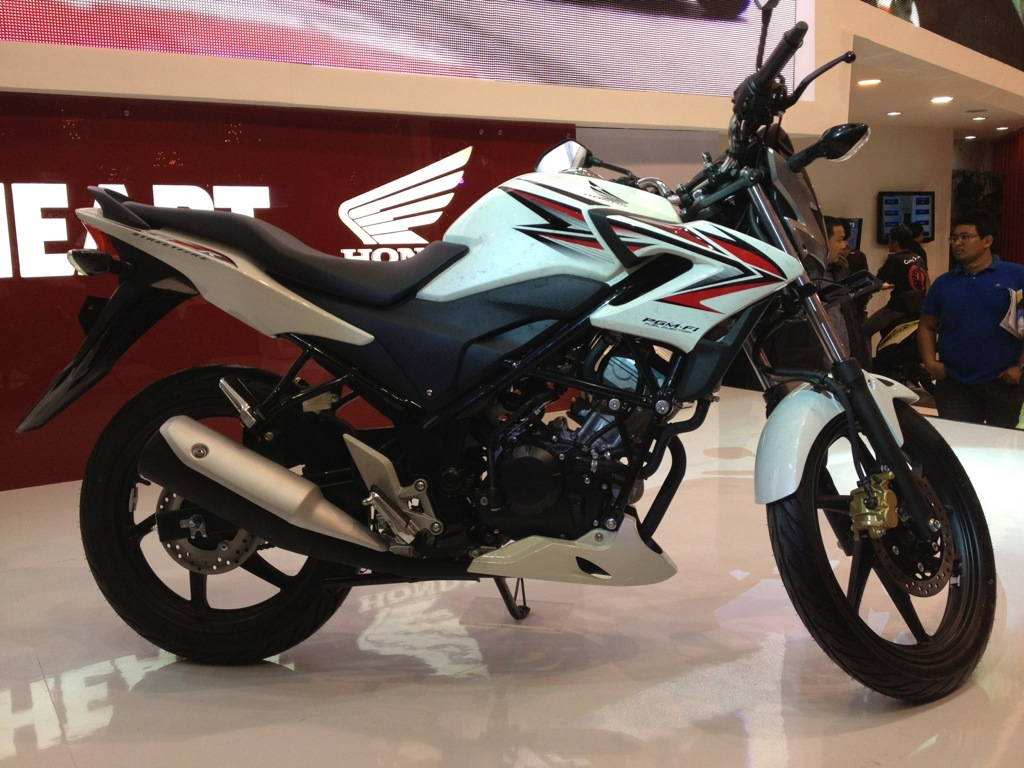 HONDA CB150R STREETFIRE ON ITS WAY TO THE MARKET ON FEB,2013