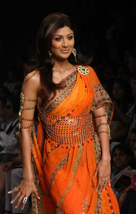 Top Fashion Indian Fashion Designers