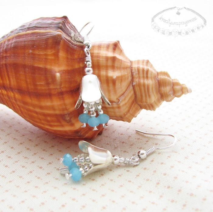 Kolczyki w kształcie dzwoneczków ze szklanymi kryształkami 2