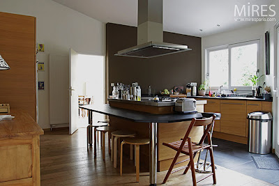 sens interieur voir la peinture en couleur. Black Bedroom Furniture Sets. Home Design Ideas