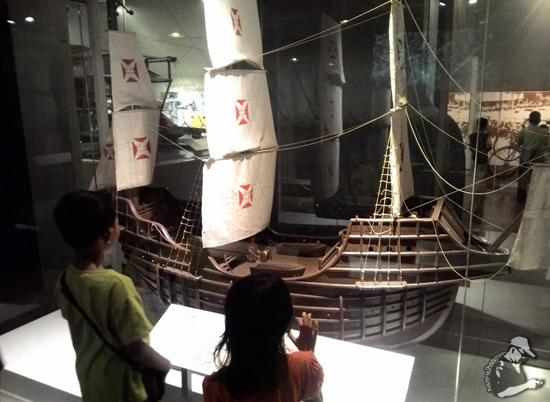 Kapal Perang Belanda yang Menawan Melaka