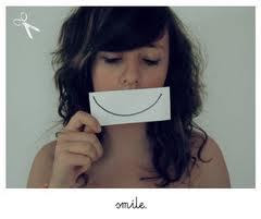 Sonríe en momentos tristes :)