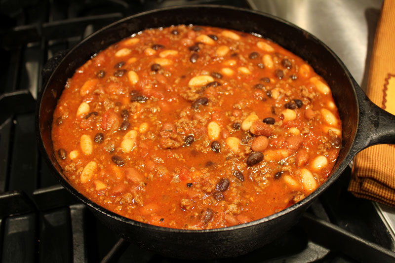 Aug 11,  · Instant Pot Chili: This is the ultimate pressure cooker chili recipe! A classic beef and bean chili made in the instant pot, speeds up the cooking process and results in a super rich and hearty chili/5(7).