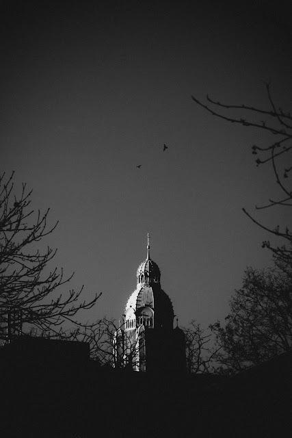 Abstrakcyjna fotografia krajobrazu. Piktorialny obraz miasta Ruda Slaska Nowy Bytom. Kosciol Sw. Pawla Apostola. fot. Lukasz Cyrus