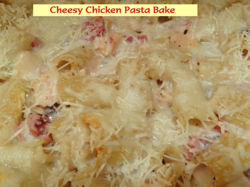 Cheesy Chicken Pasta Bake #recipe on MyWAHMPlan.com