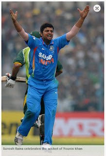 Suresh-Raina-celebrates-Younis-khan-Wicket-INDIA-v-PAKISTAN-2nd-ODI-2012