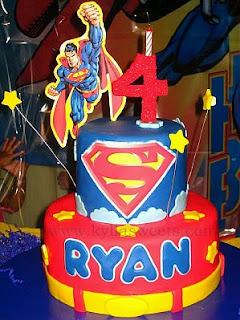 Tortas de Superman para Fiestas Infantiles